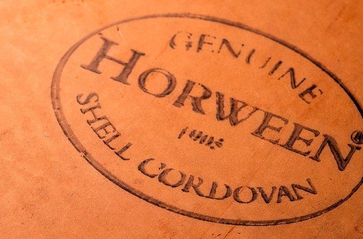 ホーウィーン社製のシェルコードバン