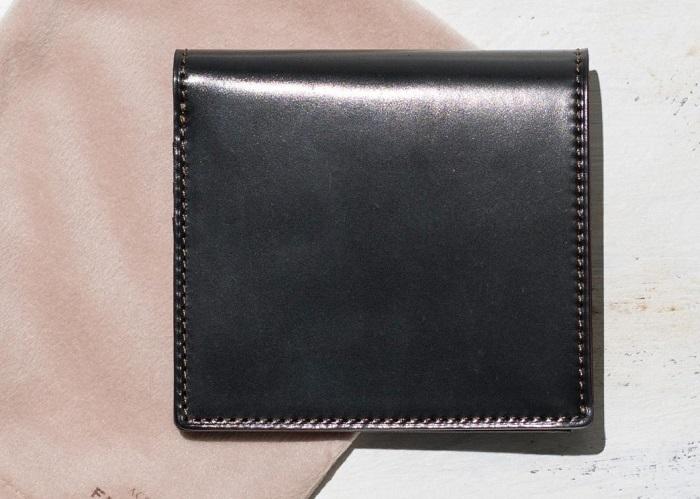 フジタカのシェルコードバン 二つ折り財布