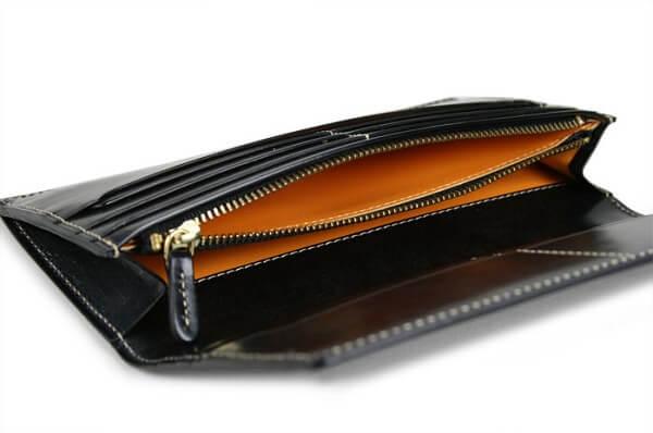 ブライドルカジュアル・ファスナー小銭入れ付き長財布 内側