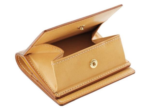 シンブライドルBOX小銭入れ付きコンパクト札入 小銭入れ