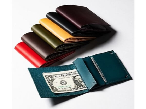 二つ折り財布 piastra(ピアストラ) ミネルバリスシオ
