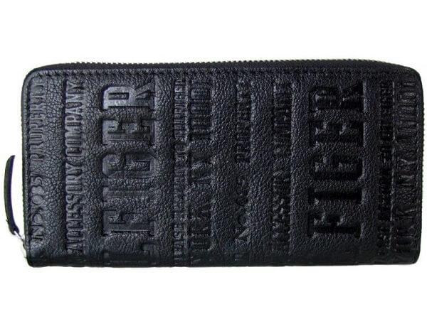 トミーヒルフィガー長財布