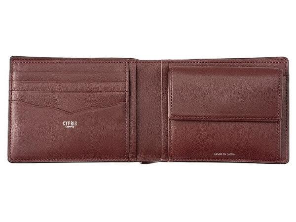 キプリス スパークリングカーフ 二つ折り財布