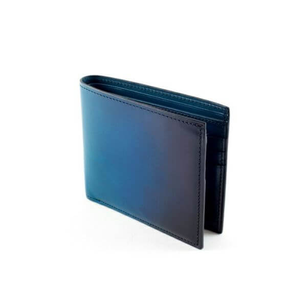 YVE130 二つ折り財布
